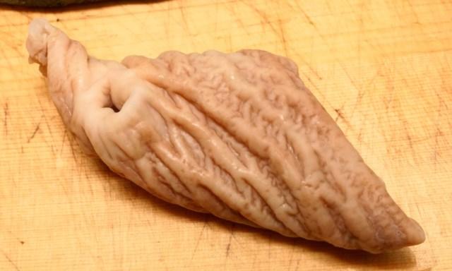 ブリの茹でた胃袋