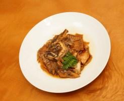 ヒラメのアラ煮の盛り付け方