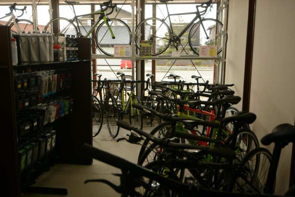 メンテナンスやレクチャーを考えると、最寄りのサイクルショップで購入が一番オススメ