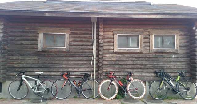 【荒川サイクリングロード】グルメライドに出発!?榎本牧場、シロクマパン、中華そば四つ葉へ行ってきた