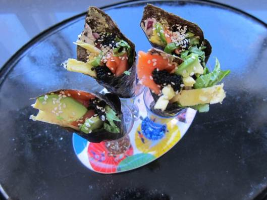 smoked salmon hand rolls, lox hand rolls, lox sushi, smoked salmon sushi, jittery cook sushi, smoked salmon recipe, lox recipe, low-carb appetizer, low carb wrap, smoked salmon wrap, lox wrap, recipe, healthy recipe, recipes, smoked salmon appetizer, lox appetizer