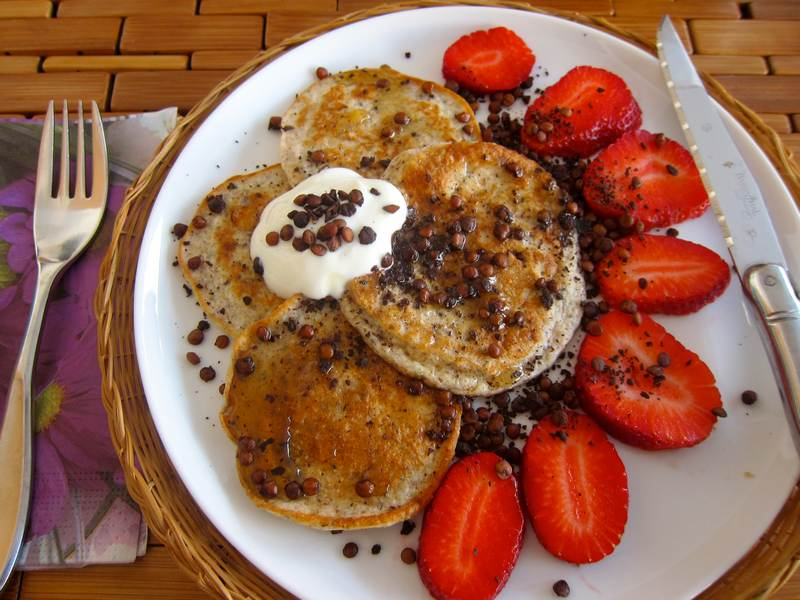 Sweet Crunchy Lentil Topping on Oat Brancakes