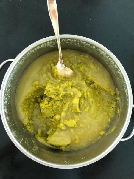 green split peas after cooking