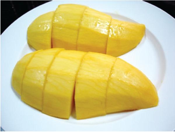 タイからの贈り物にはバンコク週報のタイ産マンゴーをご利用ください