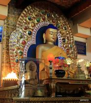 Buddha idol in TsuglagKhang temple