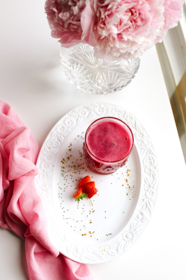 beet-apple-cider-strawberry-smoothie-drink-side-1