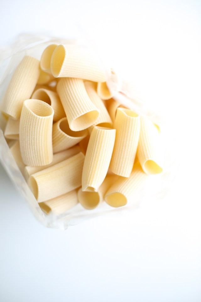 spaghetti-meatballs-sunday-dinner-1