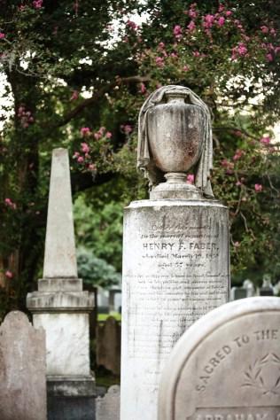 charleston-grave-1