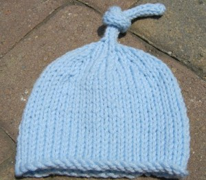 Free Pattern Friday - Knitted Hat & Pattern: Tie-Cord Baby Hat