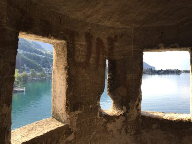 Château de Chillon to the lake