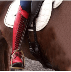Image_Berrylook_outdoor_knee_high_boots_red_on_the_horse