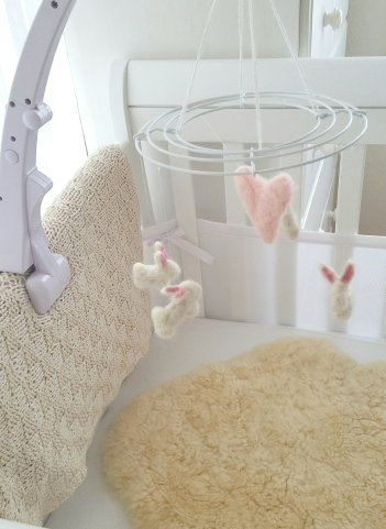 DIY Felted Baby Crib Mobile