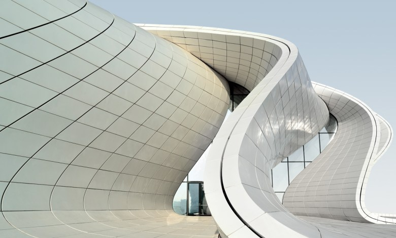 Heydar-Aliyev-Center2