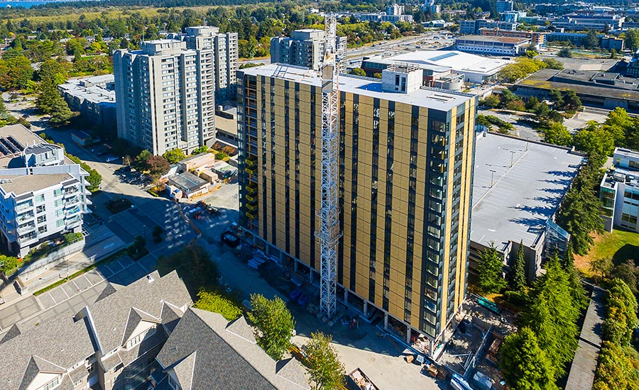 006 Brock-Commons-construction-topped-out---photo-credit-Naturally-Wood_ENRready