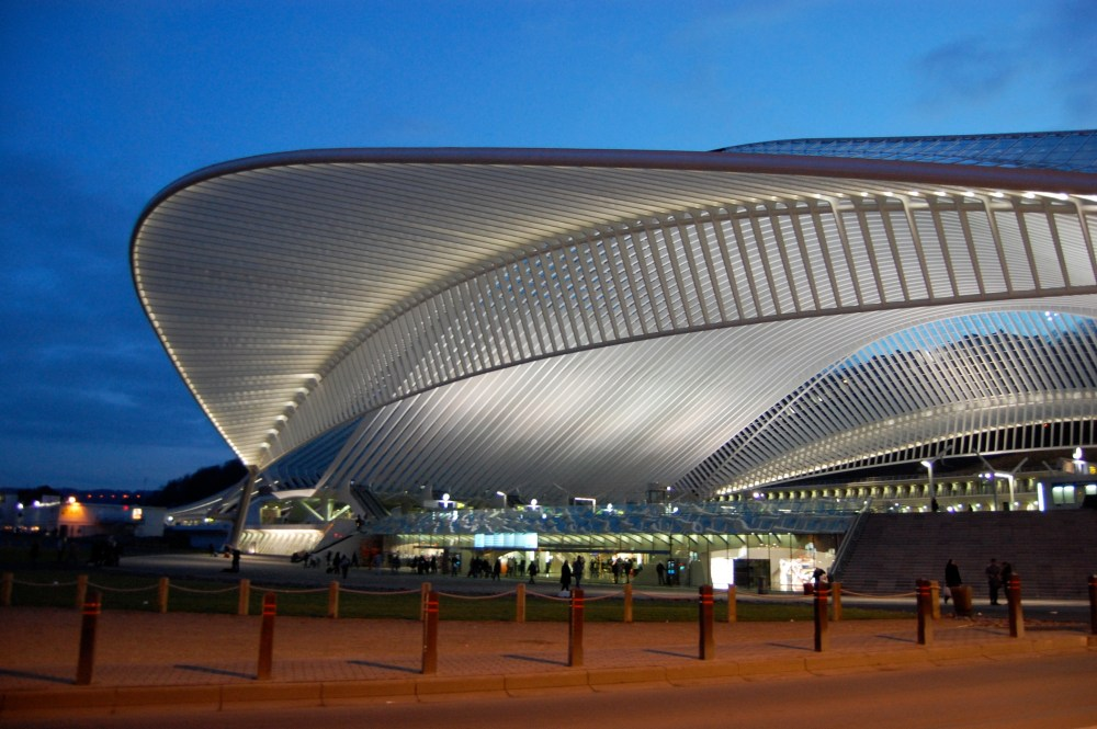002 View_on_liege-Guillemins_station