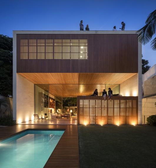 54604139e58ece70e0000170_tetris-house-studiomk27_mk27_l_fernandoguerra_-34--530x572