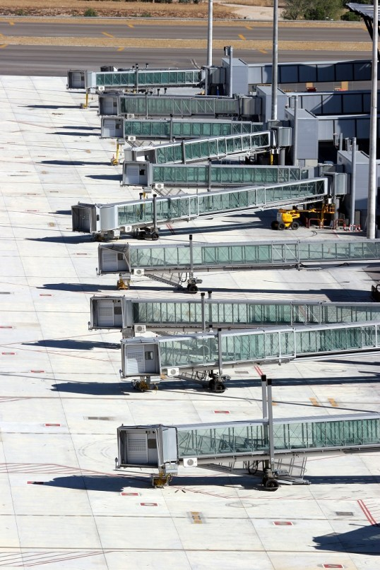 thyssenkrupp_Elevator_Madrid_Airport__1_