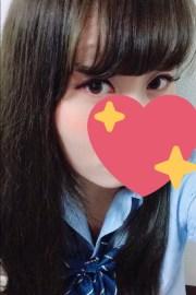 本日体験入店初日くるみちゃん(19)