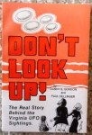"Book cover of ""Don't Look Up!"""