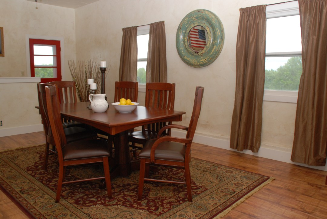 Transitional Dining Set: Mini-Lighthouse