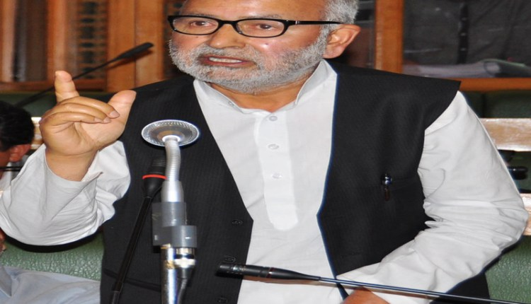 Naeem Akhtar condoles demise of Bakshi's daughter