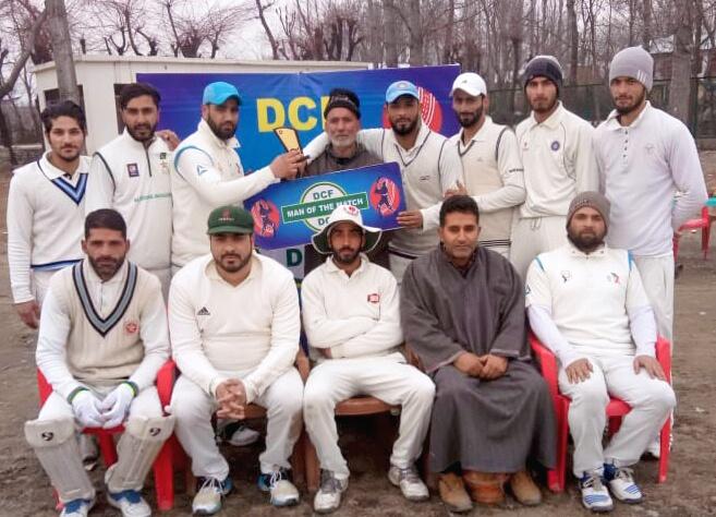 DPL: Showkat Memorial Bijbehara defeated Dachnipora Hunters by 15 runs
