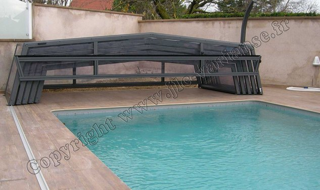 abri piscine bas coulissant en aluminium jlc varianse. Black Bedroom Furniture Sets. Home Design Ideas