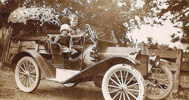 Vintage Cars from between the 1900s and 1920s (6)