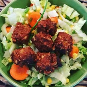 Sambel Goreng Tempeh Salad | @jlgoesvegan