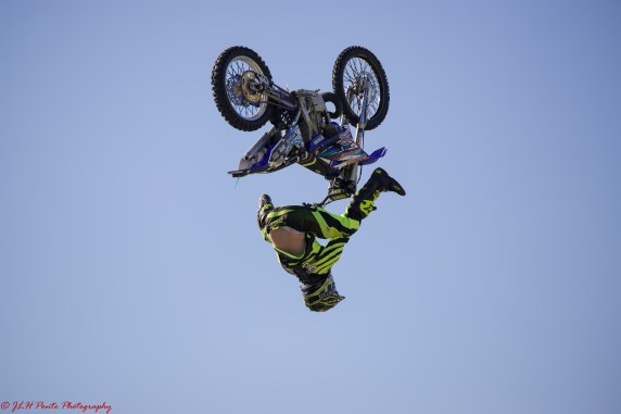 Bikes&Bulls flying high whoops whats happening