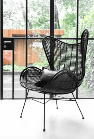 Egg rotan chair