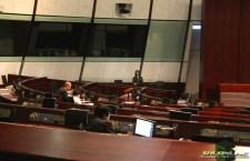立法會完成二讀財政預算案撥款條例草案,多名議員批評對中產人士支援不足。(劉旭霞攝)