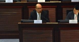 譚志源表示,當局將提出6項建議措施,完善選民登記制度。(李海澄攝)