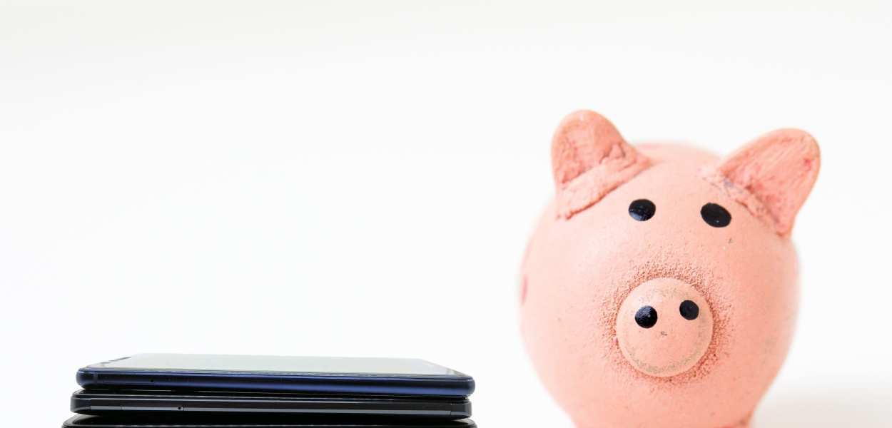 Piggy Bank and spread of phones
