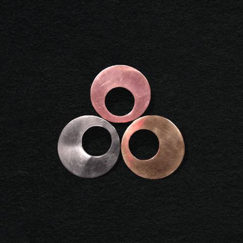 Tri-color brooch