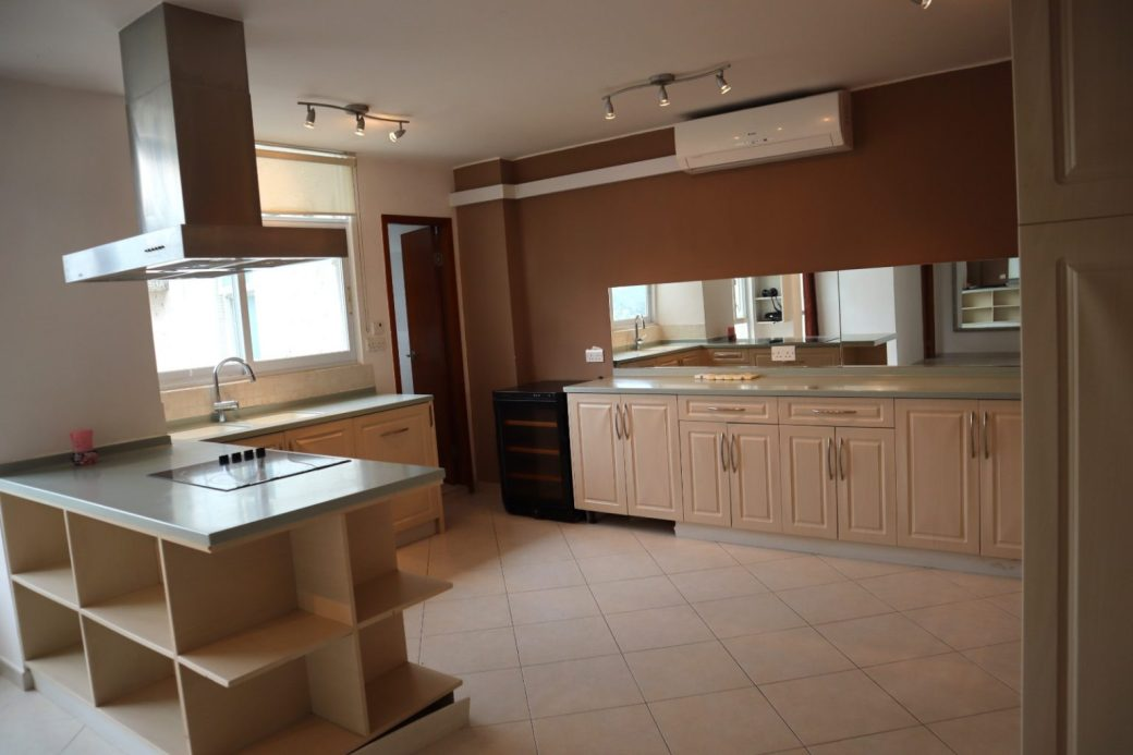 Coloane 4 Bed 11