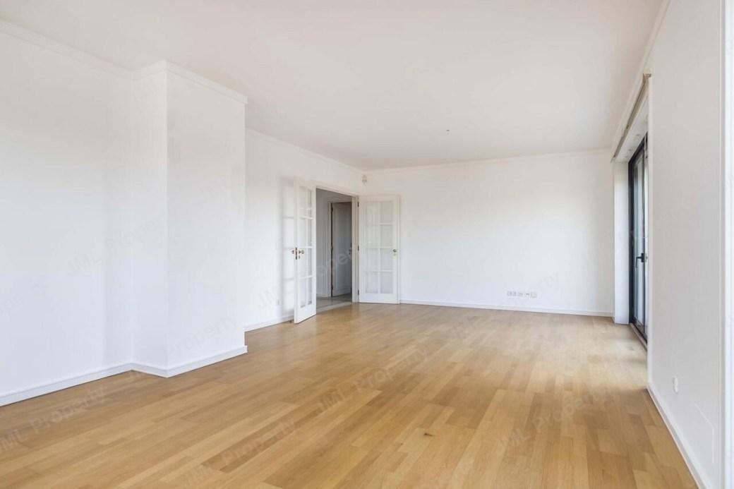 pf21585-apartamento-t2-lisboa-cb90c8cb-5450-4170-8ec8-c42668b00add