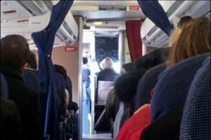 La princesa decidió volar después en otro avión y estuvo en la cabina a modo de terapia. (Foto: Pasajero particular)