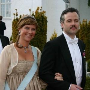 Martha Luisa de Noruega y su marido Ari Behn se quedan sin una corona de patrimonio. (Foto: ©JMM - JM Noticias)