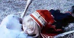 La Laponia noruega mantiene la tradición de castrar los renos con los dientes. (Foto: Captura vídeo)
