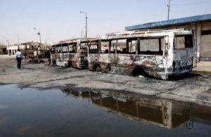 Restos de dos autobuses en Bagdad (Foto U.S Army - Wikimedia Commons - JM Noticias)