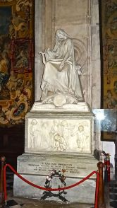 53. Tombe de Donizetti à Bergame complète