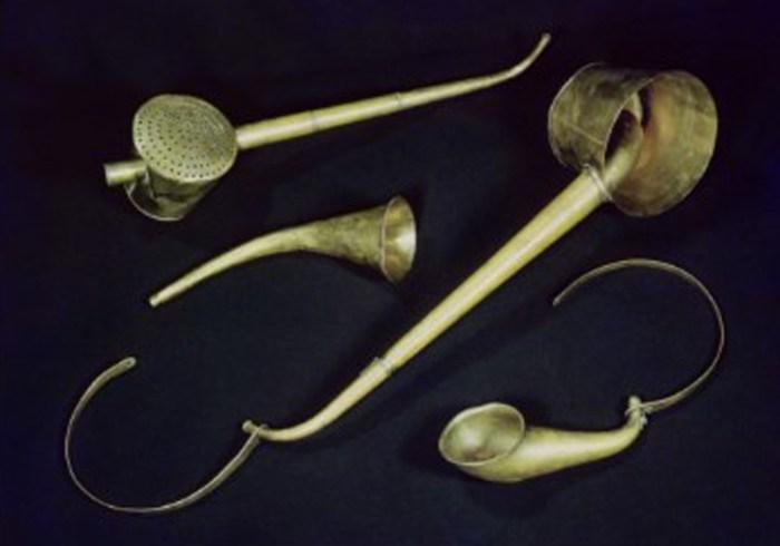43b. Cornets acoustiques de Beethoven fabriqués en 1813 par Maelzel
