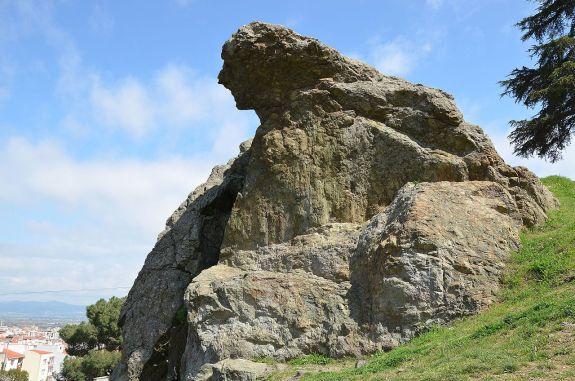 59d. Rocher de Niobé sur le mont Sipyle.