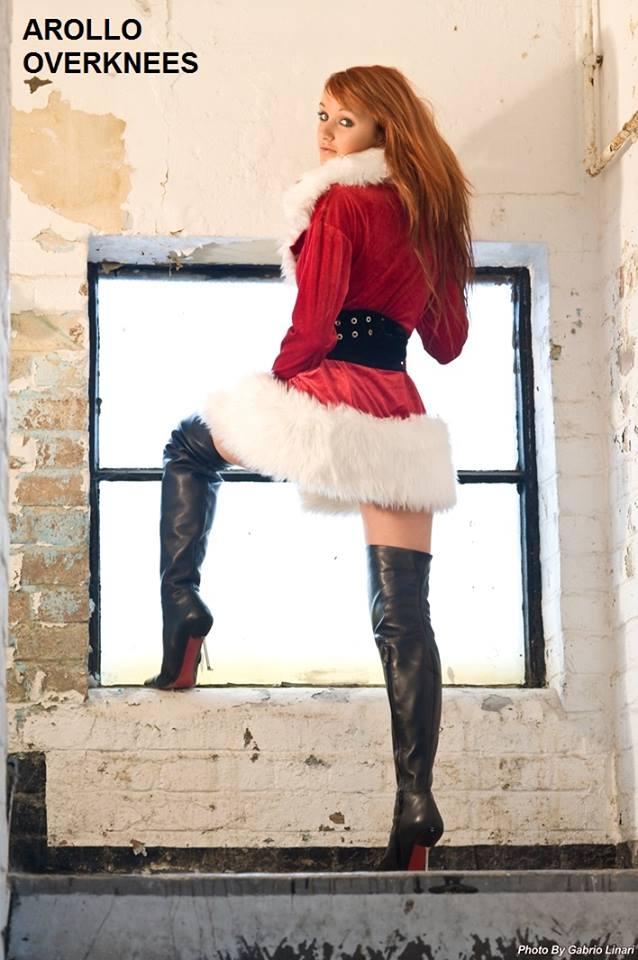 Christmas ghosts..hum I prefer models....:) (3/6)