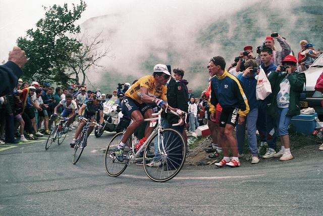 Miguel Indurain sube el Alpe d'Huez en el Tour de 1994. Foto: DenP Images. LIcencia CC 2.0 Generic