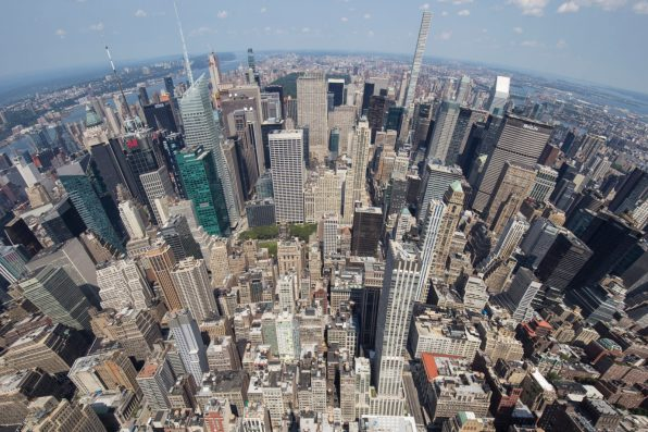 Panorama sur la Big Apple depuis l'Empire State Building