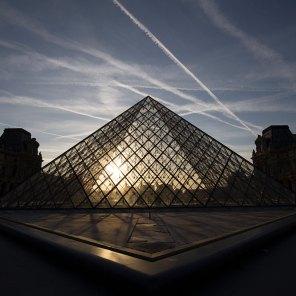 La pyramide du Louvre : perspective(s)
