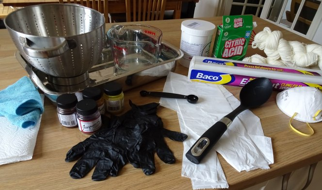 tools to dye your own yarn