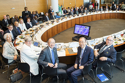 Ban-Ki-Moon, IMF and World Bank leaders and other UN representative for the climate ministerial, April 2015.